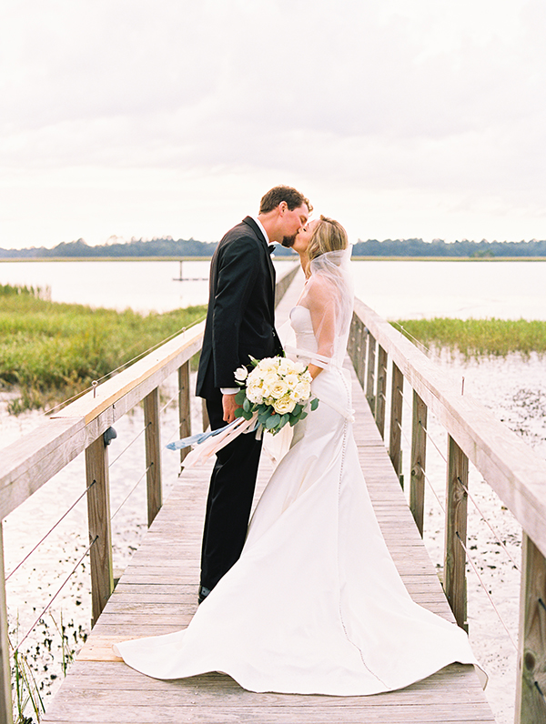 Virgil Bunao · Charleston Wedding Photographer A Lush Lowndes Grove Wedding in September